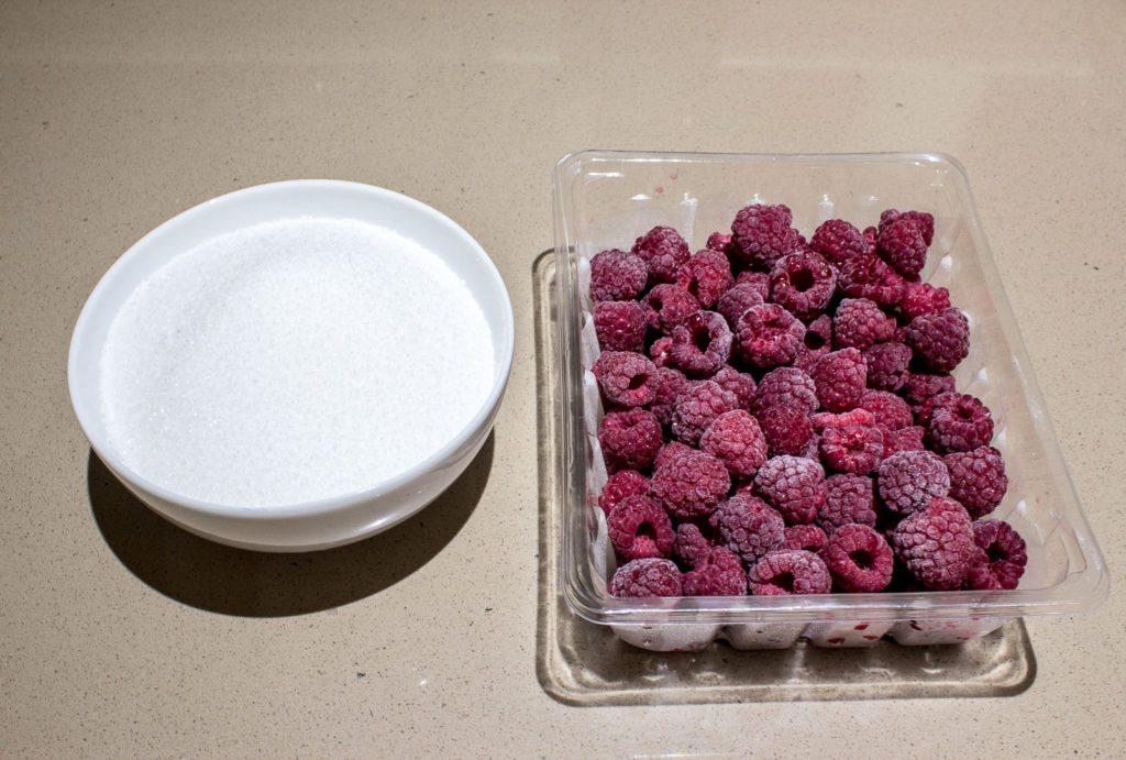 Raspberry Macarons (1 of 26)