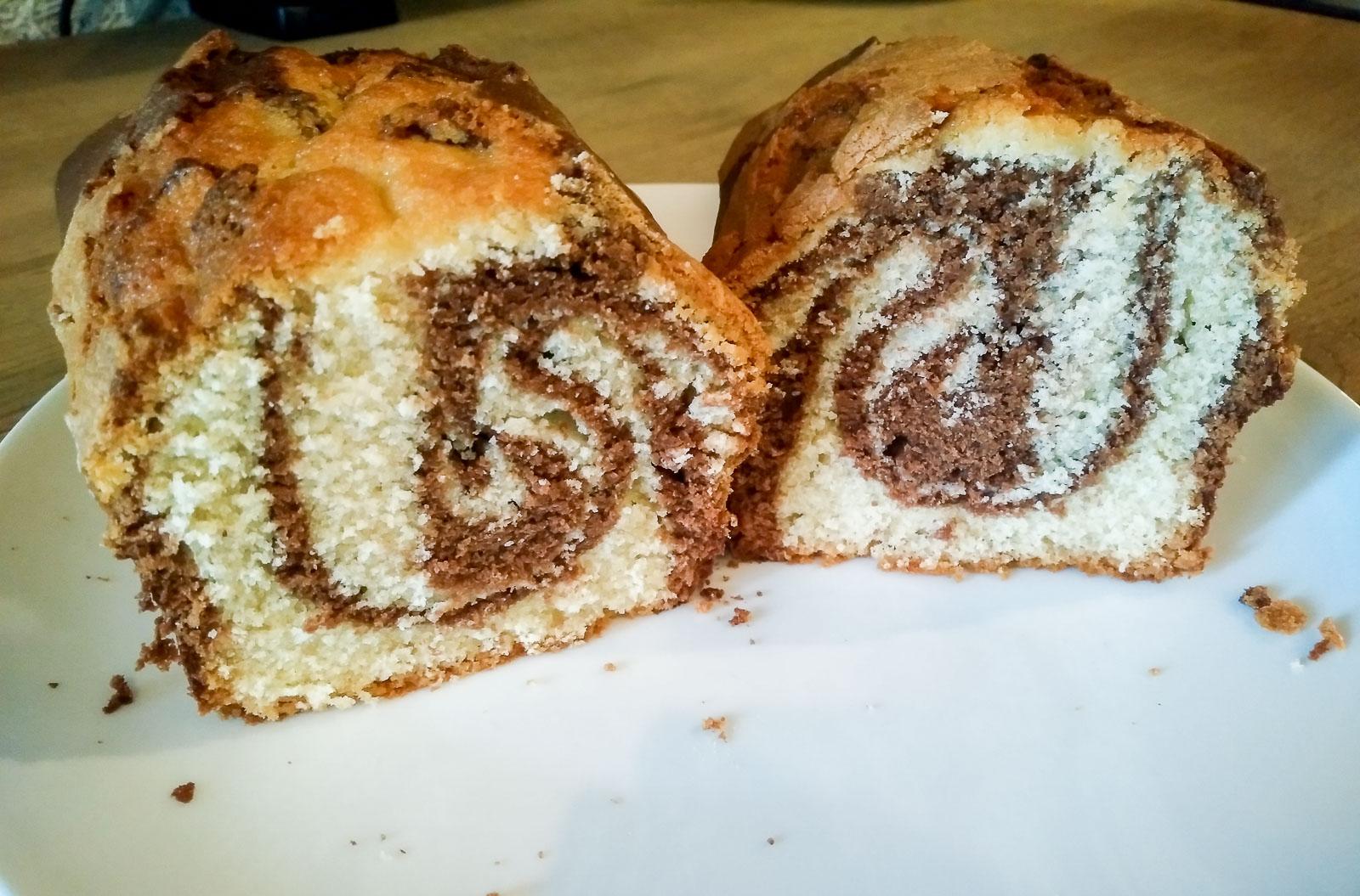 Vanilla Chocolate Marble Cake (15 of 15)